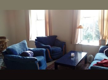 Big double room with independent entrance in Dublin 2