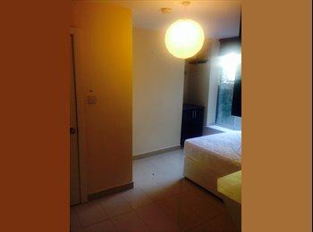 En-suite bedroom to let Dublin city centre