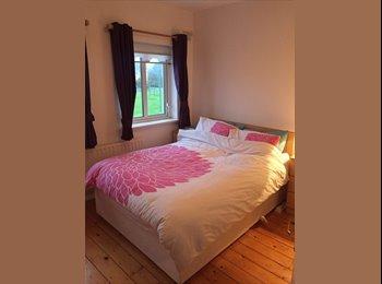 EasyRoommate IE - Double Ensuite room , Galway - €450 pcm