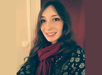 EasyRoommate IE - Lucile Rousseau - 19 - Galway
