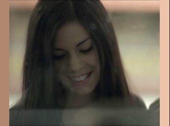 EasyRoommate IE - Alejandra Baeza  - 23 - Dublin