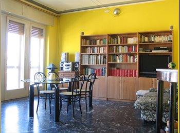 EasyStanza IT - affittacamere sole e mare, Viareggio - € 400 al mese