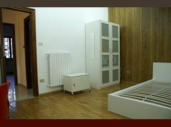 EasyStanza IT - Zona ospedaliera-Rione Alto-Vomero-Metro collinare - Vomero - Arenella, Napoli - € 300 al mese