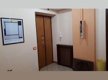 EasyStanza IT - singole in Re di Roma - S.Giovanni, S.Giovanni - Appia Nuova - € 400 al mese