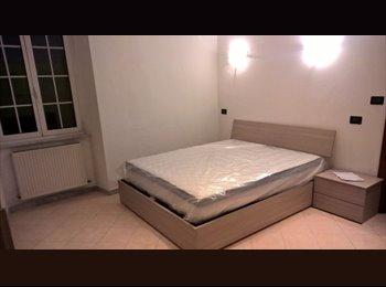 EasyStanza IT - Modern Apartment 55m2, Genova - € 550 al mese