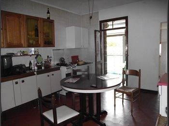 locazione stanze e appartamenti arredati