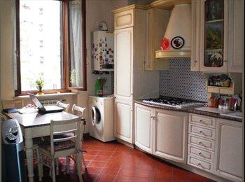 EasyStanza IT - posto letto a studente, Roma - € 350 al mese
