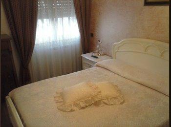 EasyStanza IT - affittasi camere singole e matrimoniali, Casilino Prenestino - € 300 al mese