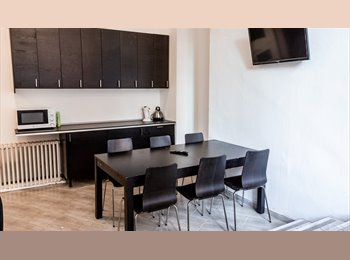 EasyStanza IT - SINGLE ROOMS FOR STUDENTS - ONLY GIRLS - Milano Centro, Milano - € 550 al mese