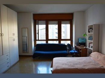 EasyStanza IT - Offro stanza singola, Padova - € 360 al mese
