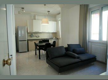 graziosa camera singola in appartamento moderno