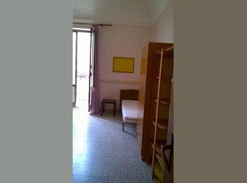 EasyStanza IT - 3 singole e una doppia studenti/giovani lavoratori, Catania - € 160 al mese