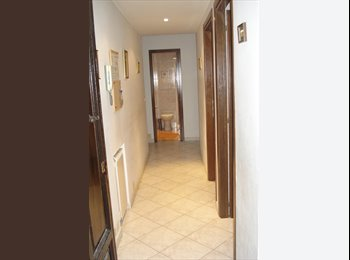Appartamento 3 camere, 2 bagni, cucina, in centro