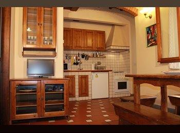 EasyStanza IT - Appartamento Comodo e Silenzioso, Firenze - € 1.050 al mese