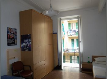 EasyStanza IT - Appartamento Arredato Via A.G.Barrili Genova, Genova - € 210 al mese
