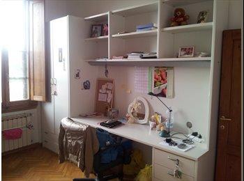EasyStanza IT - Careggi. Affitto stanza singola, Firenze - € 350 al mese