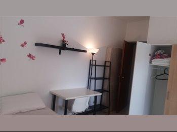 EasyStanza IT - Large and beautiful  single room in Viale Marconi - Marconi-Ostiense, Roma - € 450 al mese