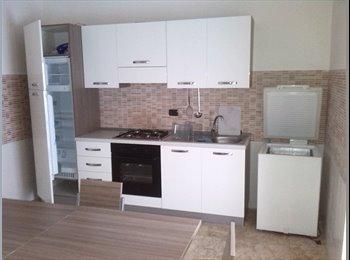 EasyStanza IT - Stanza zona San Pio, Lecce - € 160 al mese