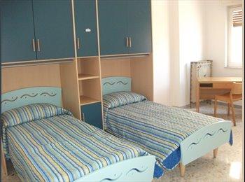 EasyStanza IT - studentesse/lavoratrici nei pressi dell'ateneo e Stazione Centrale - Liberta, Bari - € 230 al mese