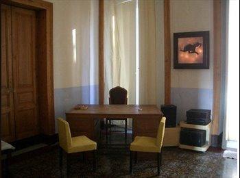 EasyStanza IT - Grande Appartamento, Catania - € 850 al mese