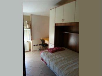 EasyStanza IT - camera singola - Parma, Parma - € 250 al mese