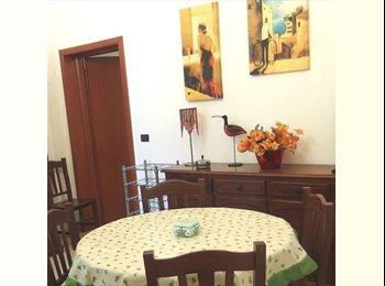 EasyStanza IT - camere in ampio appartamento con   giardino - Lecce, Lecce - € 160 al mese
