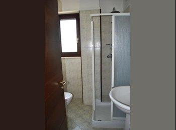 EasyStanza IT - stanza singola con bagno - Lecce, Lecce - € 250 al mese
