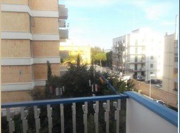 EasyStanza IT - Affitto camera studente universitario Bari - Picone-Poggiofranco, Bari - € 230 al mese