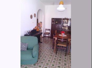 EasyStanza IT - Stanza singola in centro a Pescara, vicino al Conservatorio, Pescara - € 200 al mese