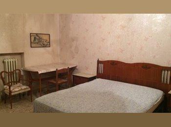 EasyStanza IT - camera matrimoniale uso singola - Pescara, Pescara - € 200 al mese