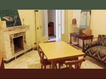 Ampia e spaziosa camera per   studenti