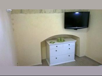 EasyStanza IT - appartamento al centro storico - Lecce, Lecce - € 200 al mese