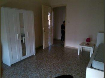 EasyStanza IT - Stanze per studentesse zona   Benedettini / Giurisprudenza - Catania, Catania - € 200 al mese
