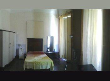 EasyStanza IT - Stanza Molto Grande, Catania - € 230 al mese
