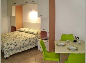 EasyStanza IT - Stanza o camere solo mesi invernali - Lecce, Lecce - € 200 al mese