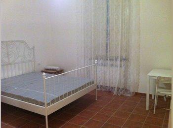 camera singola luminosa appartamento nuovissimo...