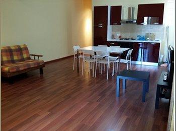 Bellissimo appartamento parquettato e ristrutturato in Via...