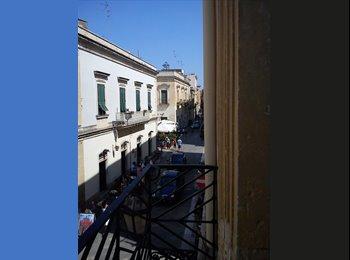 EasyStanza IT - ampia e luminosa stanza singola centro storico - Lecce, Lecce - € 200 al mese