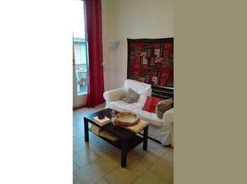 EasyStanza IT - Singola affitti brevi - Piazza Leopoldo - Vittorio Emanuele, Firenze - € 400 al mese