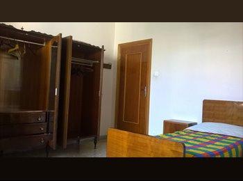 EasyStanza IT - Ampia stanza singola - Pescara, Pescara - € 190 al mese