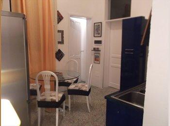 EasyStanza IT - camera Porta Rudiae - Lecce, Lecce - € 140 al mese