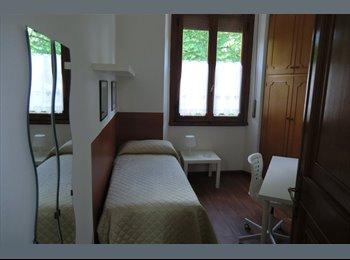 EasyStanza IT - AFFITASI CAMERA SINGOLA S JACOPINO - Pta a Prato  - S. Iacopino - Statuto - Fortezza, Firenze - € 300 al mese