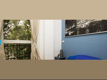 EasyStanza IT - Light modern room in Sant Agostino, Milano - € 650 al mese