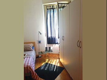 EasyStanza IT - Stanza arredata zona Cattolica in appartamento moderno, Milano - € 550 al mese