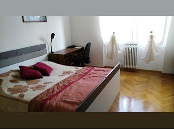 EasyStanza IT - Stanza singola per ragazze  in appartamento semicentrale, vicinanze Stazione ferroviaria, SISSA, ICT, Barcola - € 250 al mese