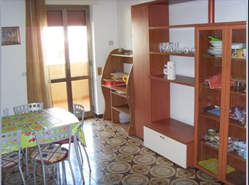 EasyStanza IT - SALESIANI STUDENTESSE, Lecce - € 190 al mese