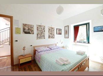 EasyStanza IT - stanza per lavoratore / studente, Provincia di Pescara - € 350 al mese