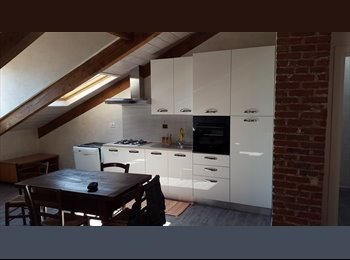 EasyStanza IT - Stanze singole e doppie in mansarda, San Mauro Torinese - € 350 al mese