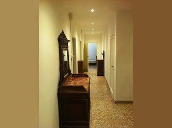 EasyStanza IT - camera in affitto in appartamento condiviso con ragazza tedesca, Firenze - € 400 al mese