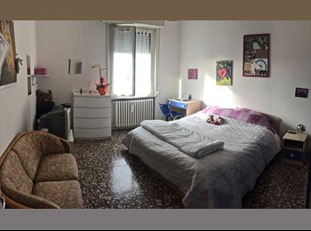 EasyStanza IT - CAMERA MATRIMONIALE AD USO SINGOLA, Parma - € 275 al mese